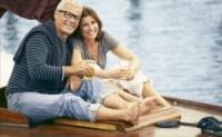 以下是50岁以上的夫妻不应该分开睡的4个原因