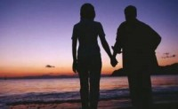 中年的婚姻生活中最艰难的事情是三个女人这么说